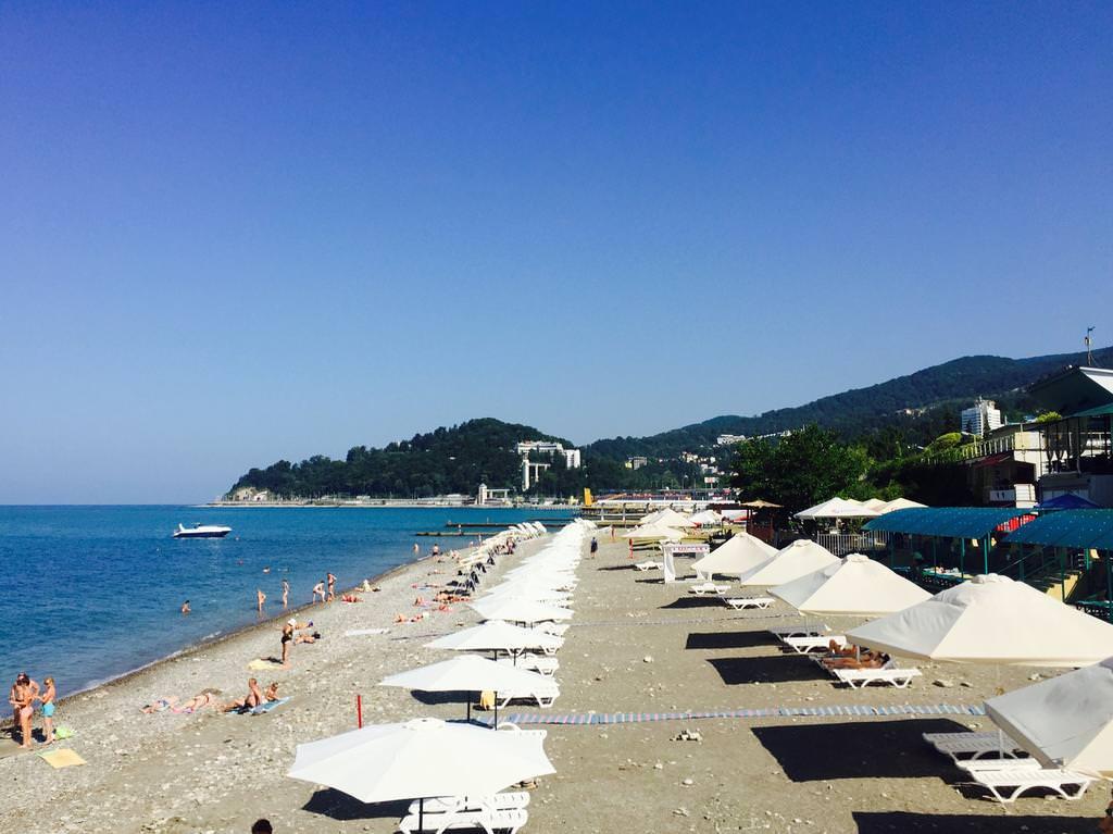 Хоста фото пляжей и набережной